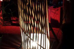 Lampe-haute-bambou